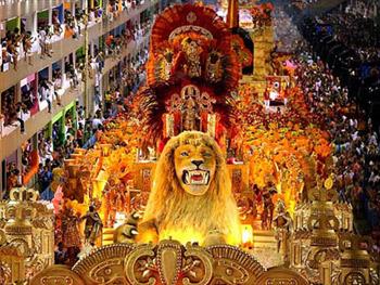 http://www.surtrek.jp/common/img/brazil/carnival-02.jpg